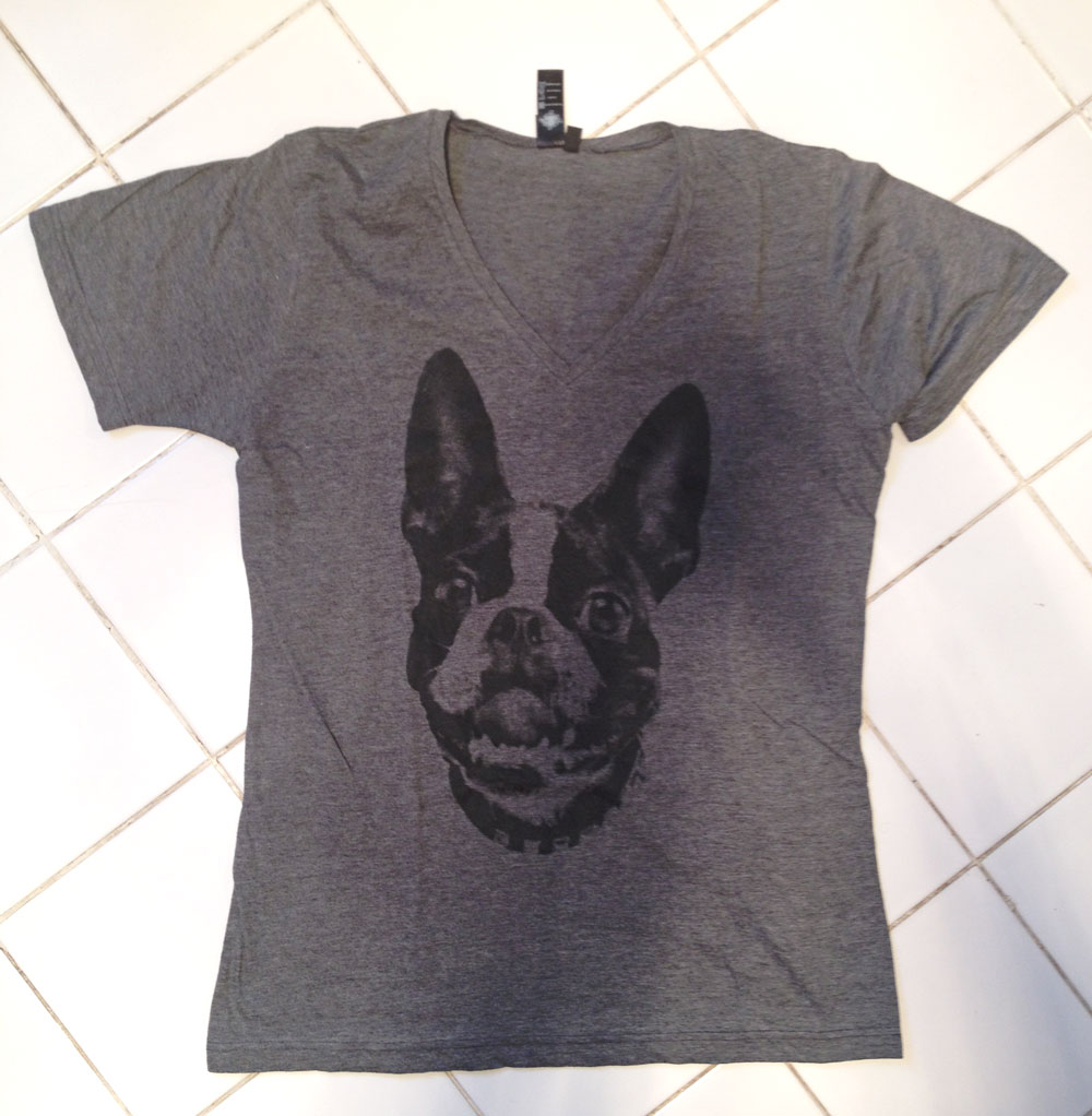 Description. Looking for the perfect Boston Terrier gift? This shirt features a cute Boston Terrier dog graphic doing the popular dab dance. This tee makes a great Christmas gift or birthday present for kids, adults, family, friends or Boston Terrier owners.