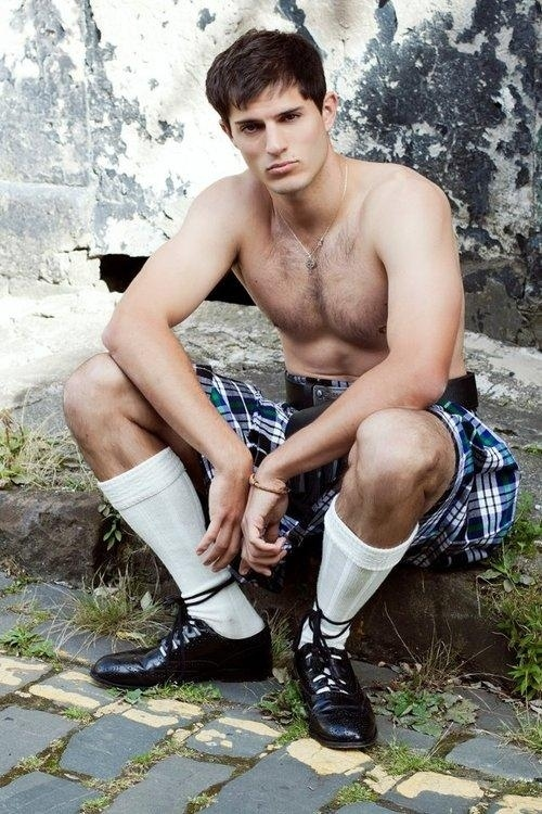 Under The Kilt Porn