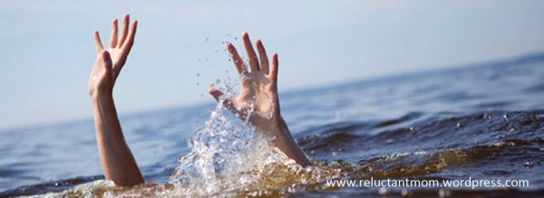 140520_Drowning-hands